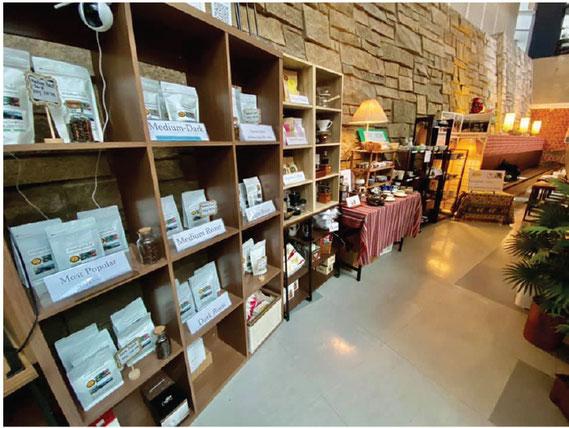 メーチャンタイ村のコーヒー豆も販売