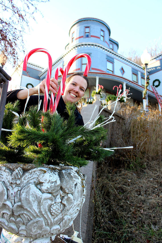 Naomi Kueter of the famous Mont Rest Bed and Breakfast in Bellevue was spotted last week decorating the business for this weekend's Holiday Tour of Homes.