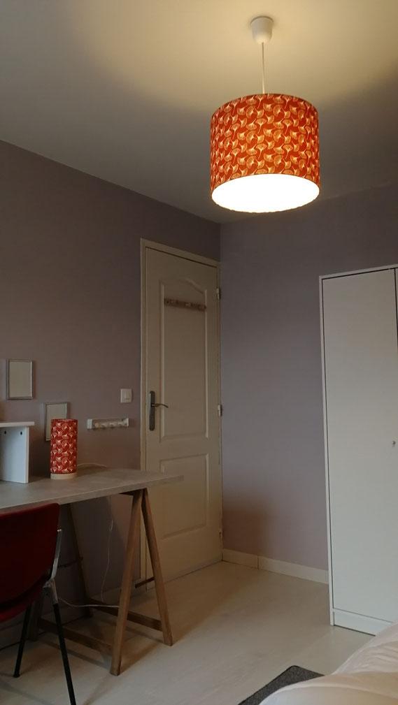 Ensemble Abat-jour en Suspension et Lampe à poser avec un socle en bois de hêtre Gingko Orange