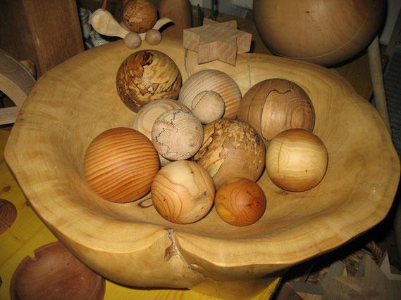 Verschiedene Holzkugeln