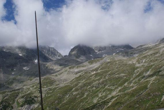 Blick von der Gießener Hütte zur Mallnitzer Scharte