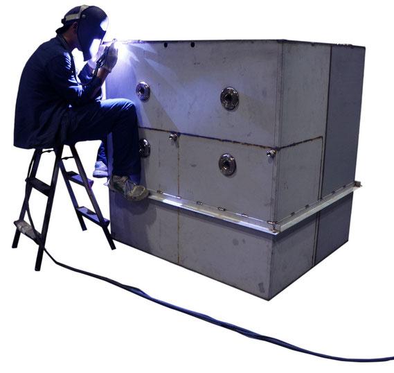 大型タンクの溶接