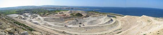 Blick in die Malta-Mülldeponie