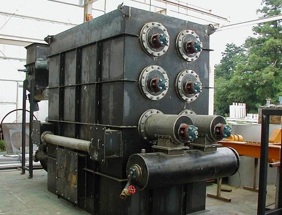 連続式多管型装置写真