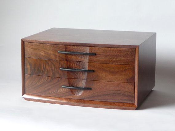 小抽斗 引き出し 小物入れ 書類入れ ウォールナット 木工 家具 京都 古谷禎朗