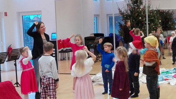 """Musikalisches Theaterspiel """"Sandmännchen und Traumfee"""""""