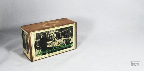 RES.20.051 Spendenbox der London City Mission (London, Mitte 20. Jahrhundert) / © Sammlung PRISARD