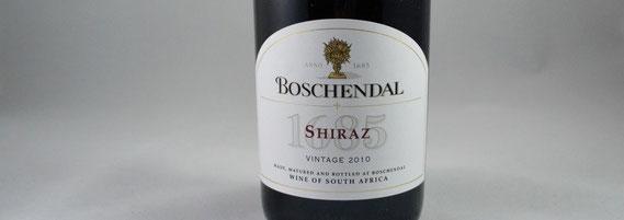 Rotwein-Flasche »1685 Shiraz« von Boschendal (Südafrika, 2010) / © Sammlung PRISARD