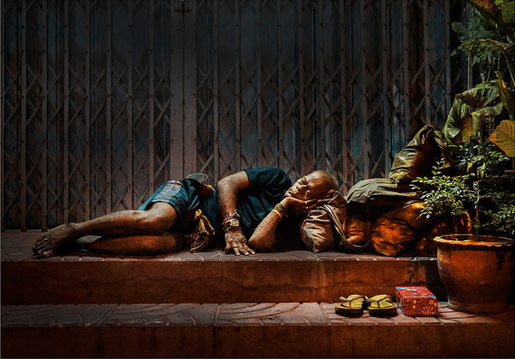Bild: bangkok, sleeping man, 2013, Marc Junghans  Photography