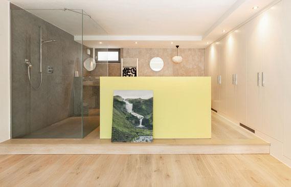 Parkett im Bad: Schlossdielen Eichendielen Mehrschichtparkett Sägerau Clear White