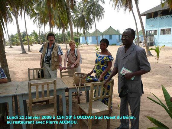 21 Janvier à OUIDAH, hôtel restaurant près du chemin des esclaves. Joël est là à G. 439 KO.