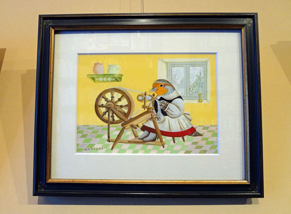 貝の小鳥「冬の貝殻たち」 伊藤夏紀作品「糸を紡ぐヨーロッパヤマウズラさん」