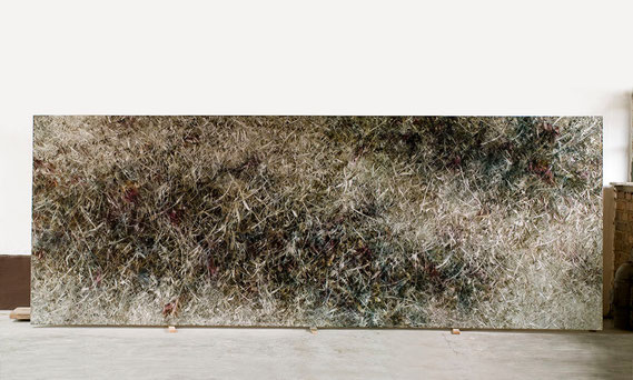 Skriptur III 2012  Kunstharz, Steinmehl, Acrylfarbe, Ölfarbe auf Leinwand 150 x 400 cm
