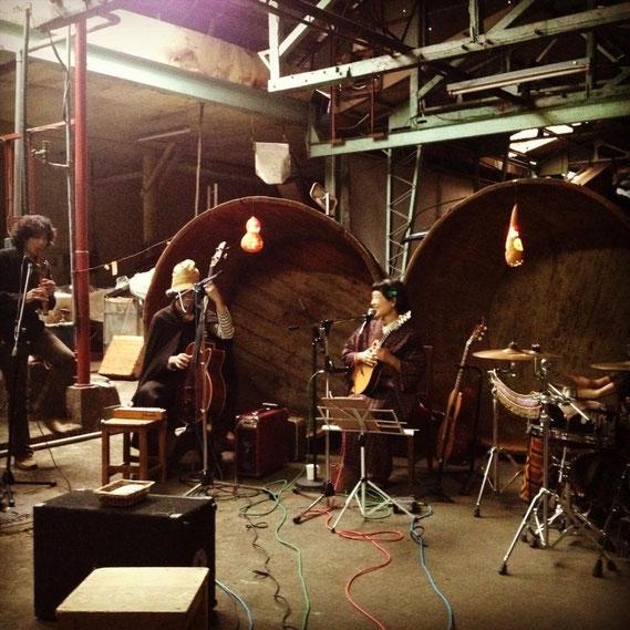 マンマリカ+イリテナat kuramono 2013