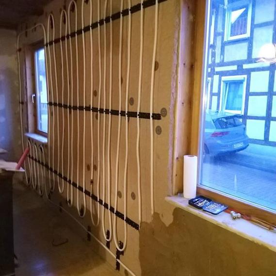 Einbau einer Wandheizung