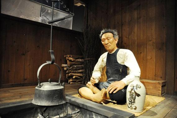 山男と山小屋のイメージ(※山岳博物館にて)