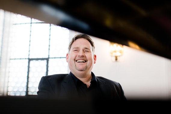 Musik, Klavier, Piano, Begleitmusik, Hochzeit, Taufe, Orgel, Daniel Layer, Lauingen, Dillingen, Haunsheim, Standesamt, Hochzeitsmusik