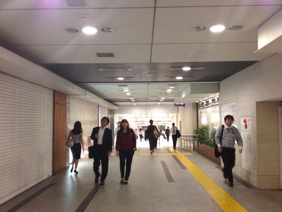 東京駅 地下通路