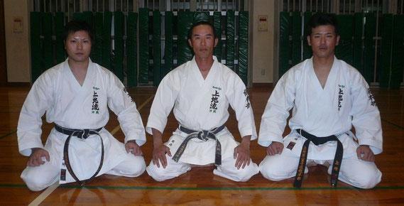 Слева направо: UECHI Kanyu, UECHI Kansho & UECHI Kanji