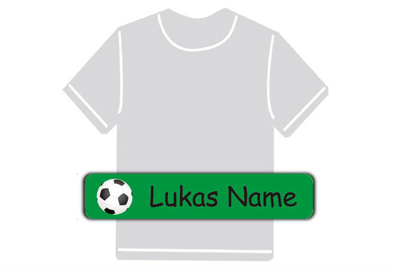 dauerhafte Bügeletiketten mit Namen für Kindergarten u. Schule - PVC frei -  Motiv: Fußball