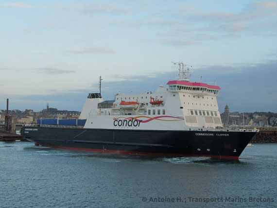 Commodore Clipper berthing in Saint-Malo.