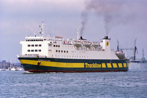 Cornouailles in her Truckline livery departing Portsmouth.