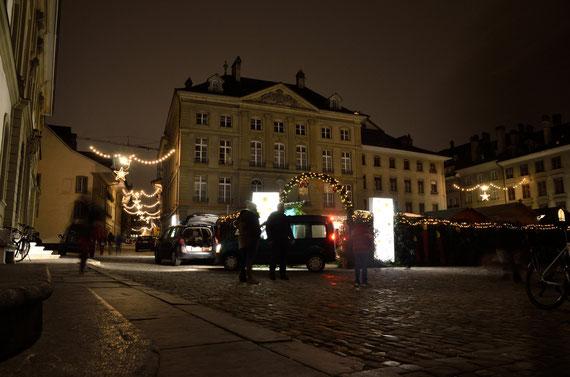 Weihnachtsmarkt auf dem Münsterplatz - 29. November 2014.