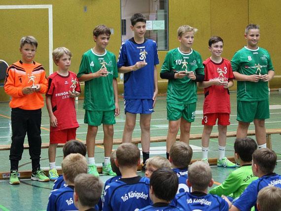 Unser Halblinker Lucas schaffte es ins Allstar-Team des Rheinbacher Talente-Cups.