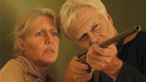 Herr und Frau Saxeder erlauben sich Widerstand zu leisten | Einakter von Herbert Berger