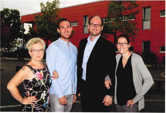 Von links nach rechts: Konrektorin Heike Richter, Konrektor Daniel Henn, Schulleiter Dominic Russ, Stellvertretende Schulleiterin Christine Schurrat