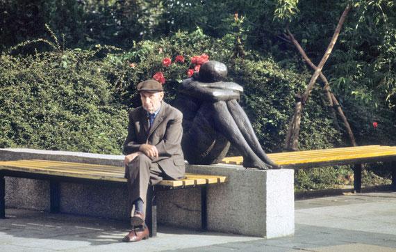 Ce vieil homme a dû vivre la victoire des nazis, la guerre, la chute du IIIème Reich, la construction de la RDA... © Michel Aymerich