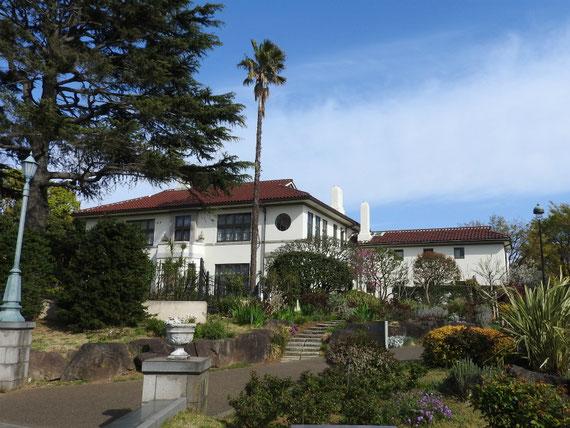 旧イギリス総領事公邸 4月