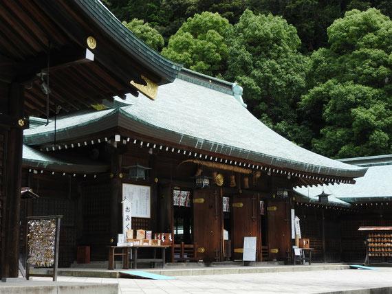 静岡縣護国神社 本殿・拝殿 6月