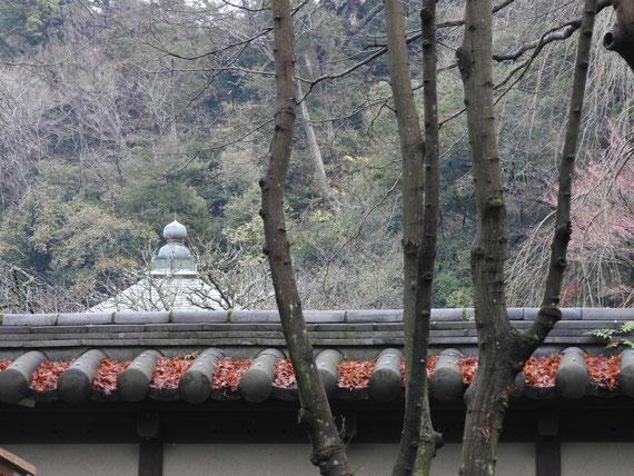 瑞泉寺山門塀