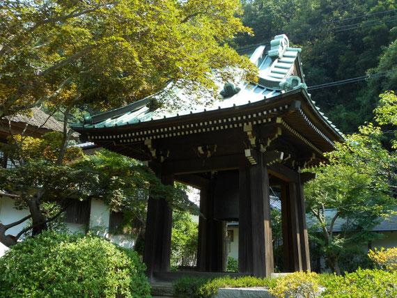 海蔵寺鐘堂 8月