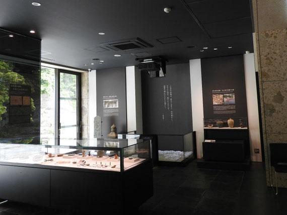 中世展示室