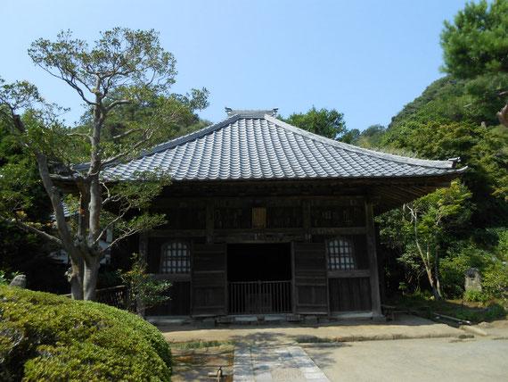 仏殿(薬師堂)