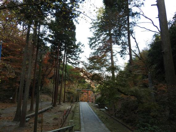 建長寺への参道