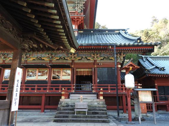 浅間神社大拝殿右