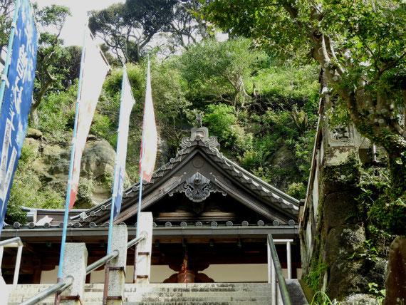 半僧坊 本堂