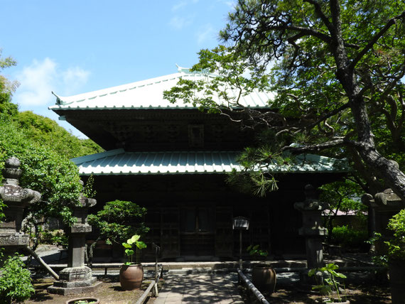 英勝寺仏殿 6月