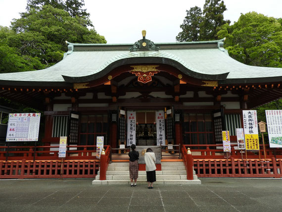 静岡大歳御祖神社拝殿 5月
