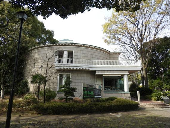 神奈川近代文学館 展示棟