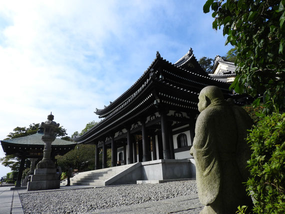 長谷寺本堂(観音堂) 10月