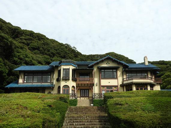 鎌倉文学館正面