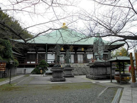 長勝寺本堂(帝釈堂) 11月