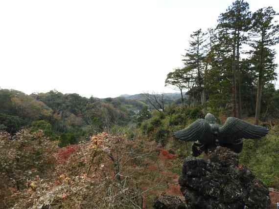 半僧坊頂上、勝上嶽展望台からみる、建長寺の風景