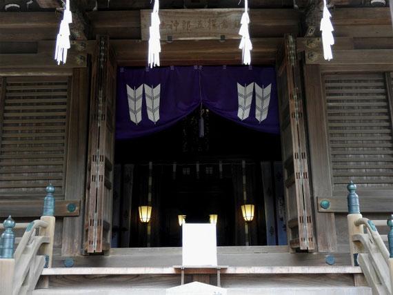 神聖な本堂