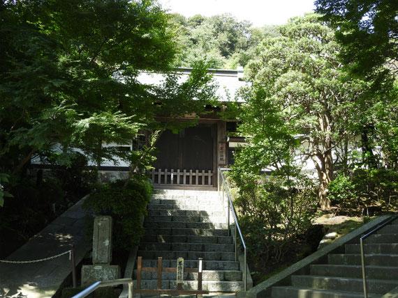天源院の横に位置する、龍峰院