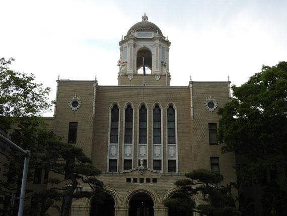 静岡市役所 裏側デザイン